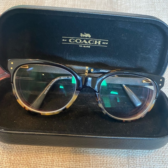 Coach frames with case